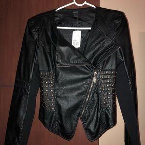 Leather forever 21 jacket. Black w/ gold hardware.